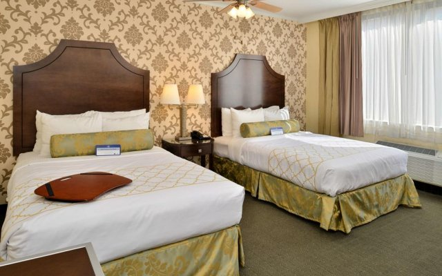 Best Western Plus St. Charles Inn 2