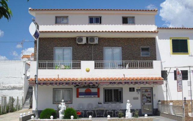 Отель Marisol вид на фасад