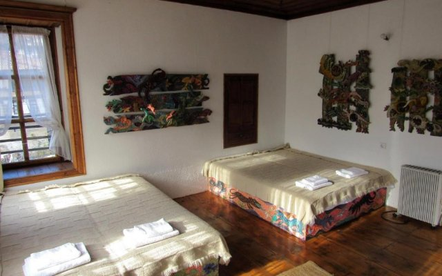 Отель Art house Болгария, Смолян - отзывы, цены и фото номеров - забронировать отель Art house онлайн комната для гостей