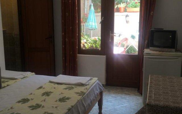 Отель Georgievi Rooms Болгария, Равда - отзывы, цены и фото номеров - забронировать отель Georgievi Rooms онлайн комната для гостей