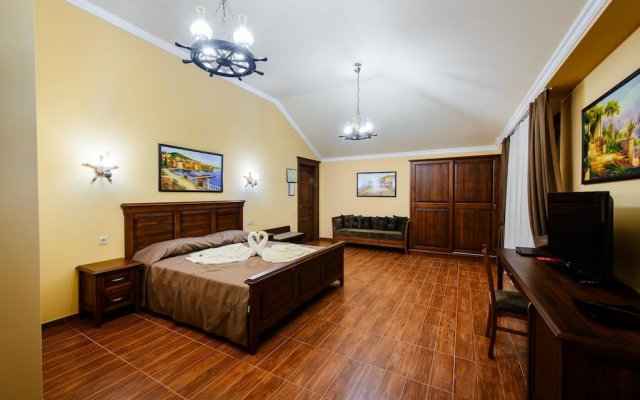 Chalet Provence Hotel 2
