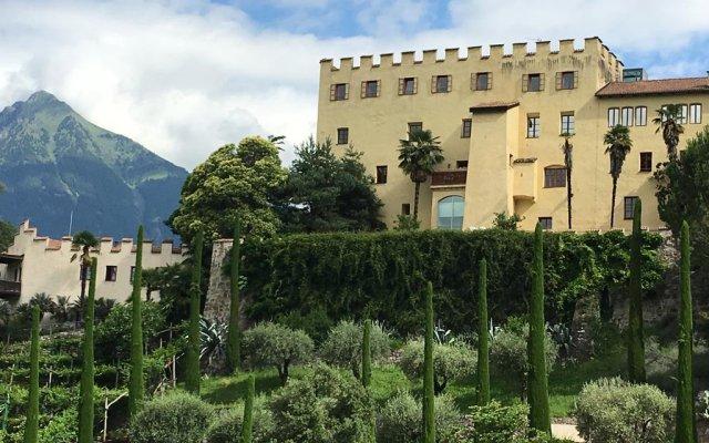Отель Ladurner Италия, Горнолыжный курорт Ортлер - отзывы, цены и фото номеров - забронировать отель Ladurner онлайн