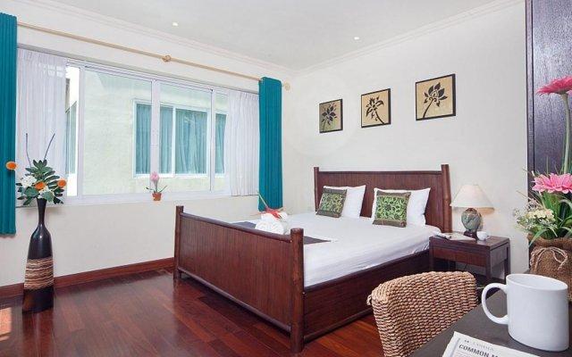 Отель Karon Hill Villa комната для гостей