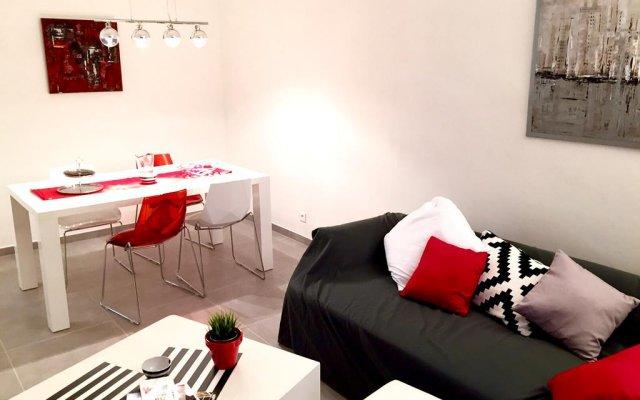 Отель Résidence Estienne d'Orves комната для гостей