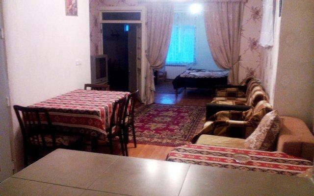 Отель At Kechareci Holiday Home Армения, Цахкадзор - отзывы, цены и фото номеров - забронировать отель At Kechareci Holiday Home онлайн комната для гостей