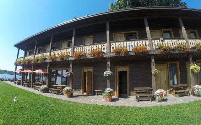 Отель Guest House and camping Jurmala вид на фасад