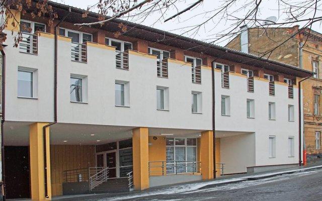 Hotel Dolynskiy вид на фасад