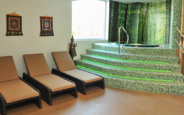 Hotel Royal Astrid 0
