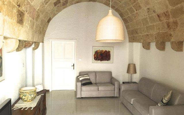 Отель Pietrastella Casa Пресичче комната для гостей
