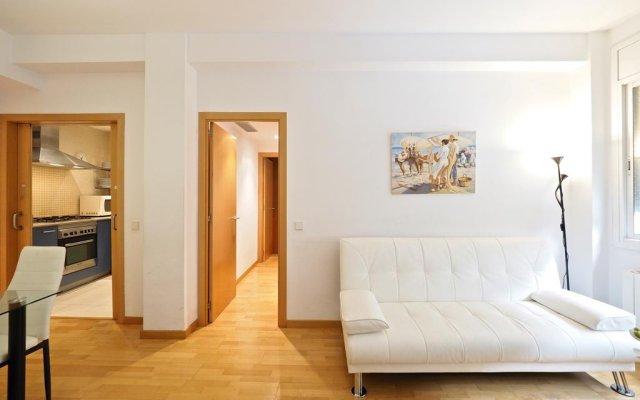 Отель Suites Barcelona Park Güell комната для гостей