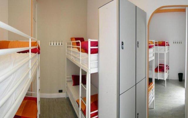 Отель Hostel B&B&B Испания, Сантандер - отзывы, цены и фото номеров - забронировать отель Hostel B&B&B онлайн интерьер отеля