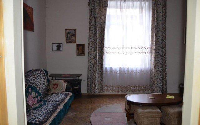 Гостиница Mieszkanie na Szpitalnej Львов комната для гостей