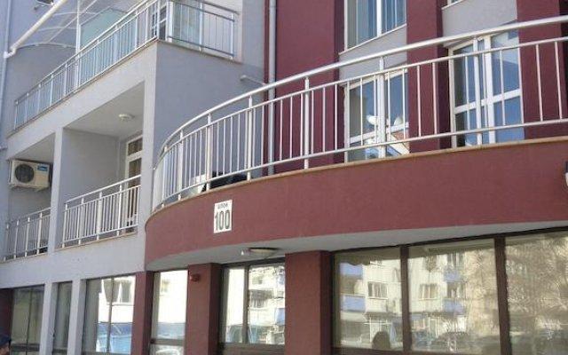 Отель Apartament Elinor вид на фасад