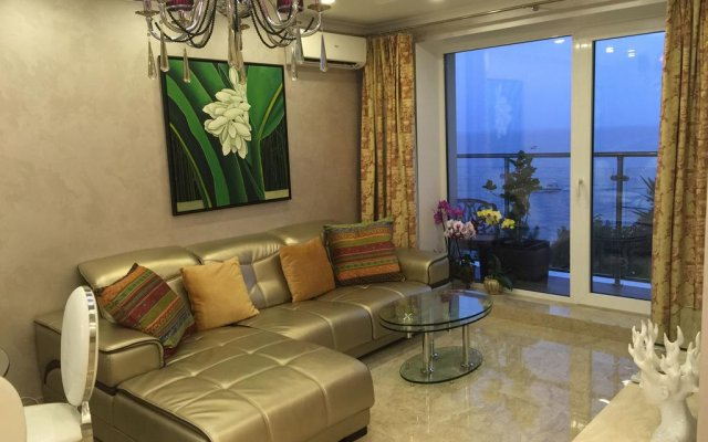 Гостиница Chernomorskaya в Сочи отзывы, цены и фото номеров - забронировать гостиницу Chernomorskaya онлайн комната для гостей
