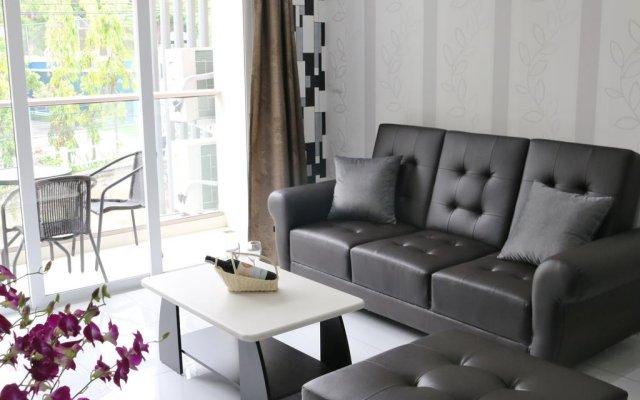 Апартаменты The Place Pratumnak by Pattaya Rental Apartments Паттайя комната для гостей