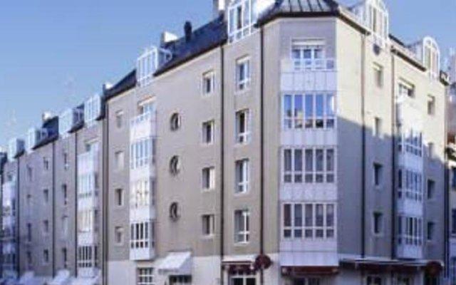 Отель Stollberg Plaza вид на фасад