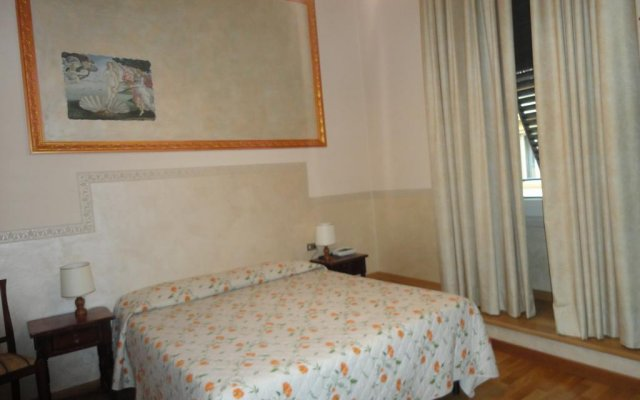 Hotel Delle Camelie комната для гостей