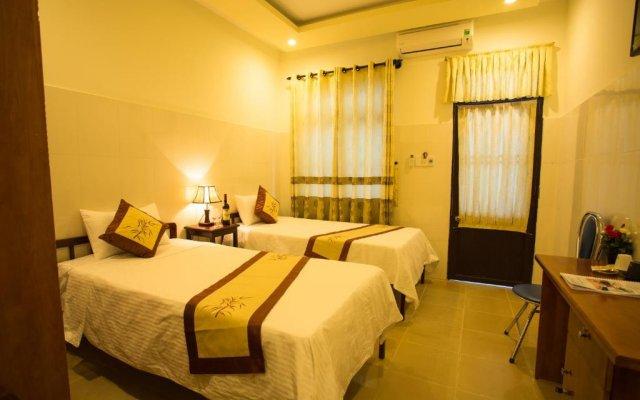 Отель Holy Land Homestay комната для гостей