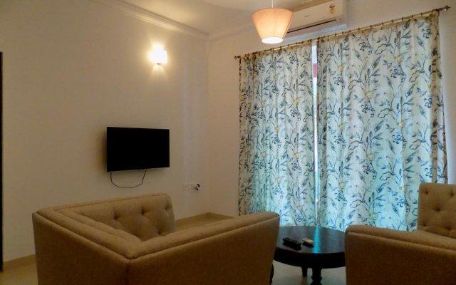 Отель 2bhk In The Heart Of Candolim:cm060 комната для гостей