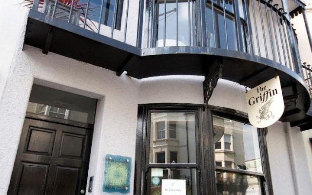 Отель Griffin Guest House Великобритания, Кемптаун - отзывы, цены и фото номеров - забронировать отель Griffin Guest House онлайн вид на фасад