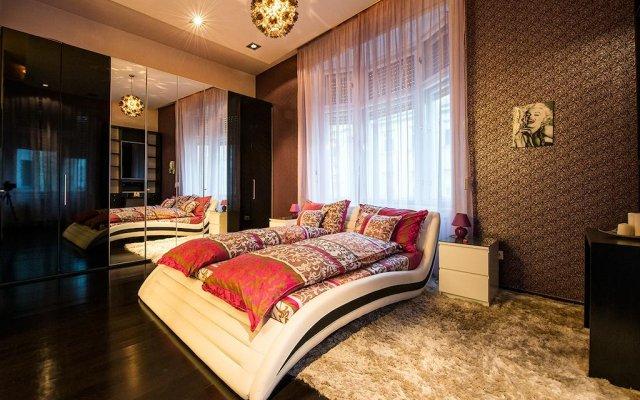 Апартаменты Váci Point Deluxe Apartments комната для гостей