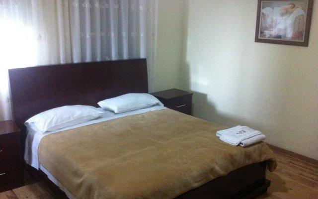 Отель Guesthouse Familja Албания, Берат - отзывы, цены и фото номеров - забронировать отель Guesthouse Familja онлайн комната для гостей