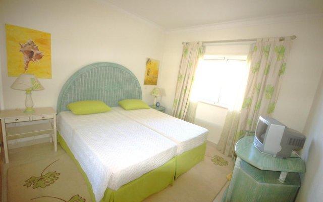 Отель Onda Moura Португалия, Виламура - отзывы, цены и фото номеров - забронировать отель Onda Moura онлайн комната для гостей