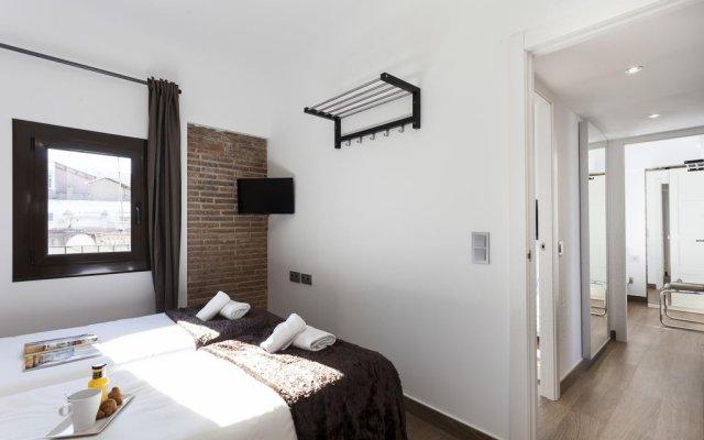 Отель AB Paral·lel Spacious Apartments Испания, Барселона - отзывы, цены и фото номеров - забронировать отель AB Paral·lel Spacious Apartments онлайн комната для гостей