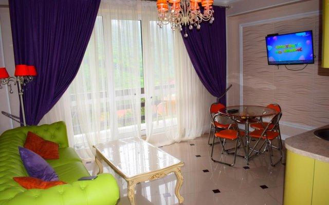 Гостиница Lily в Красной Поляне отзывы, цены и фото номеров - забронировать гостиницу Lily онлайн Красная Поляна комната для гостей