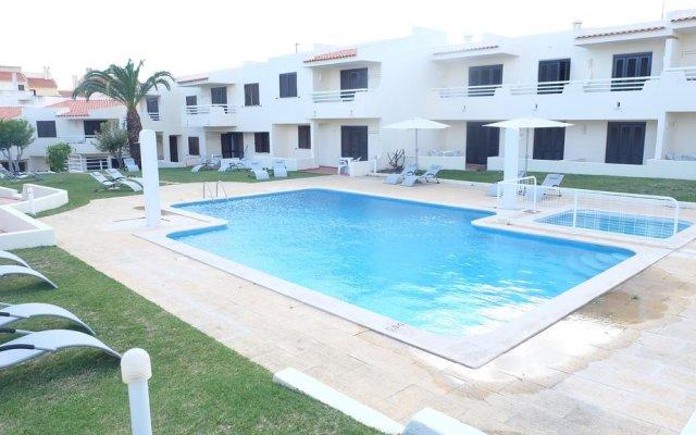 Отель RocaBelmonte бассейн