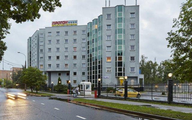 Бизнес-Отель Протон вид на фасад