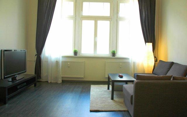 Отель Lermontov Apartments Чехия, Карловы Вары - отзывы, цены и фото номеров - забронировать отель Lermontov Apartments онлайн комната для гостей