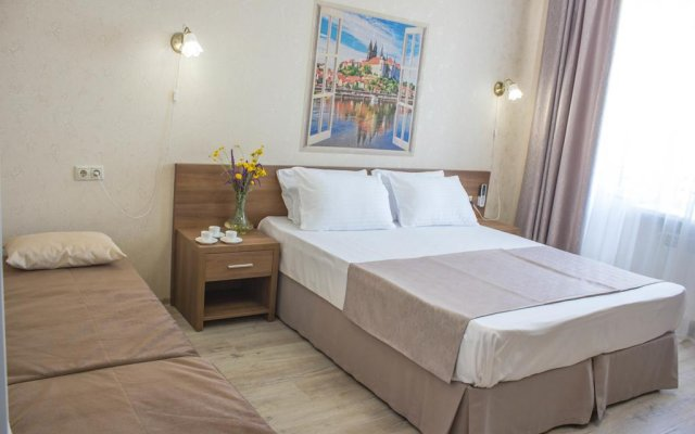 Мини-Отель Аристократ комната для гостей