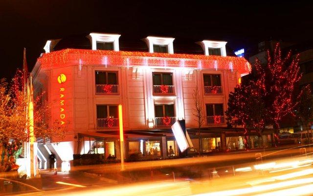 Отель Ramada Istanbul Asia