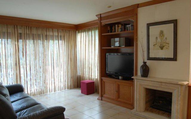 Отель Luxury Costa Dorada –Alorda Park комната для гостей