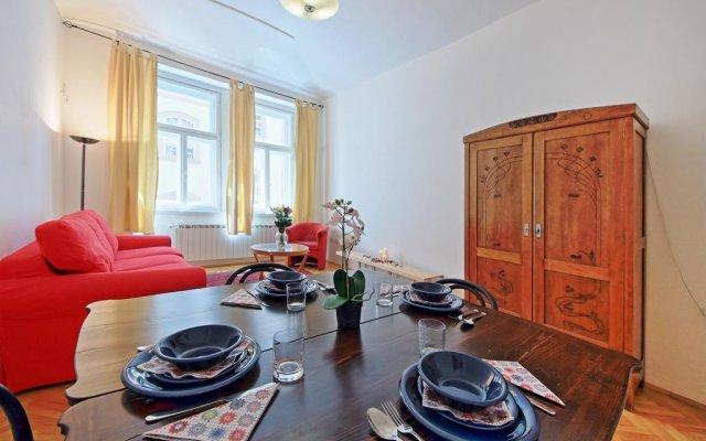 Отель Klementinum apartment Чехия, Прага - отзывы, цены и фото номеров - забронировать отель Klementinum apartment онлайн комната для гостей