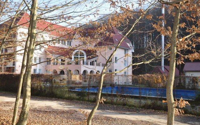 Гостиница Курорт Солнечная Поляна вид на фасад