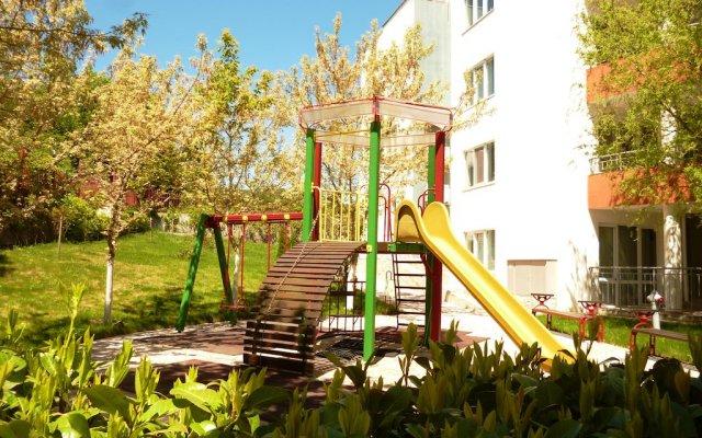 Отель Green Fort Noks Apartments Болгария, Солнечный берег - отзывы, цены и фото номеров - забронировать отель Green Fort Noks Apartments онлайн детские мероприятия
