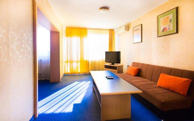 Briz 2 Hotel комната для гостей