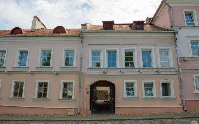 Хостел Trinity & Tours Минск вид на фасад