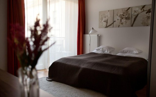 Отель Vivaldi Apartments Budapest Венгрия, Будапешт - отзывы, цены и фото номеров - забронировать отель Vivaldi Apartments Budapest онлайн комната для гостей