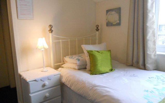 Отель Briar Lea Guest House комната для гостей