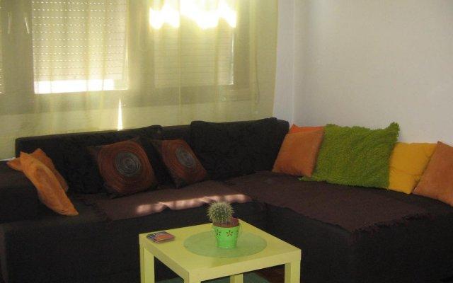 Cricket Hostel Белград комната для гостей