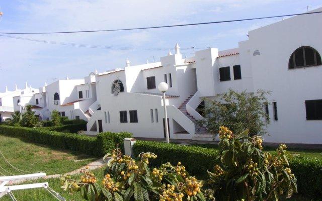 Отель Aldeia de Marim вид на фасад