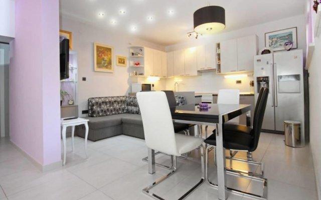Апартаменты Apartment Gentle Rose комната для гостей