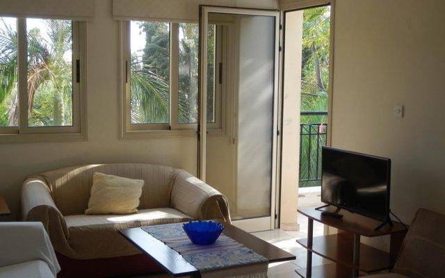 Апартаменты Byreva Apartments комната для гостей