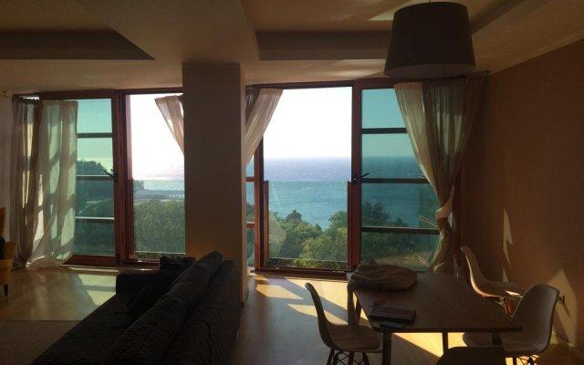 Гостиница Zolotaya Bukhta в Анапе отзывы, цены и фото номеров - забронировать гостиницу Zolotaya Bukhta онлайн Анапа комната для гостей