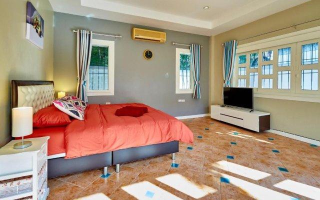 Отель Cozy Beach pool villa by MyPattayaStay комната для гостей