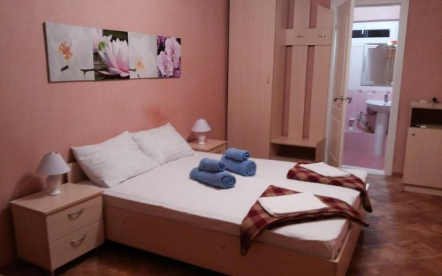 Mini hotel NeoN комната для гостей