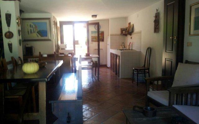 Отель Holiday Home Valentina Сиракуза комната для гостей